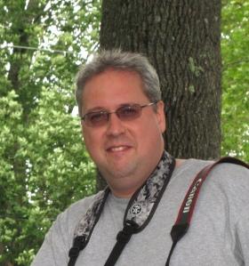 Jacques Cabana, Agent administratif