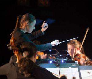 Dina Gilbert dirigera l'Ensemble Arkea ce vendredi soir. PHOTO: Denis-Carl Robidoux